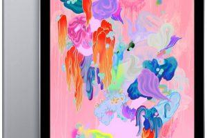 Apple iPad (Wi-Fi, 32GB) - (Latest Model)
